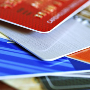 Credit Card vs. Debit Card: Which is Safer for Online Shopping?